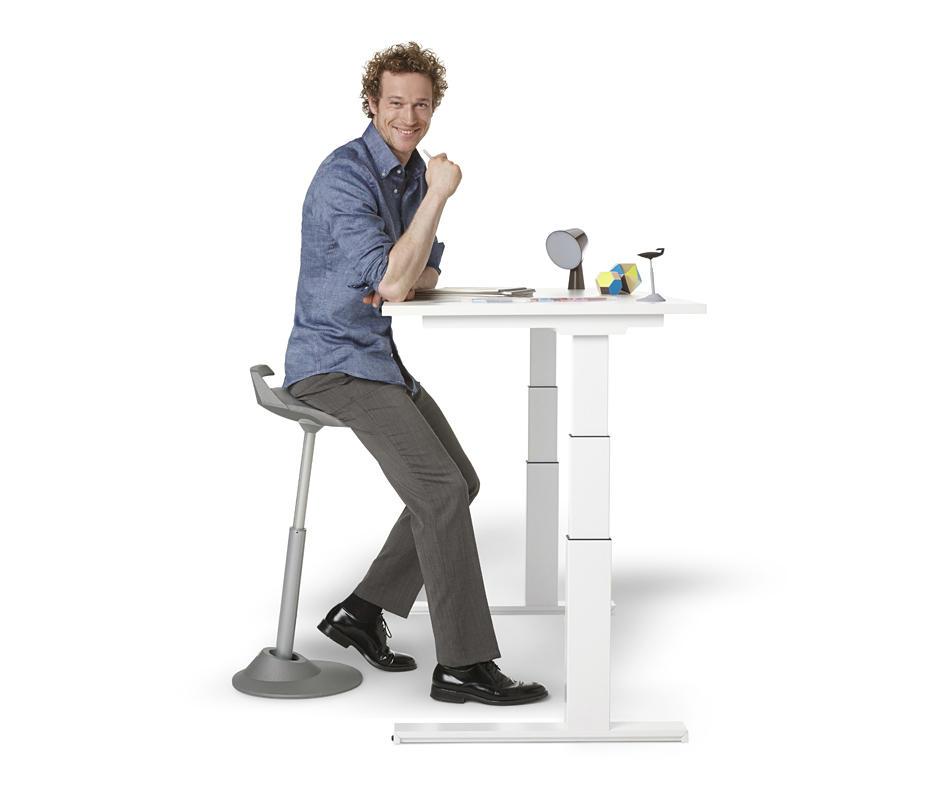 muvman-04-man-table-b